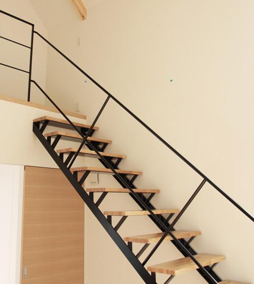 スチールスケルトン階段